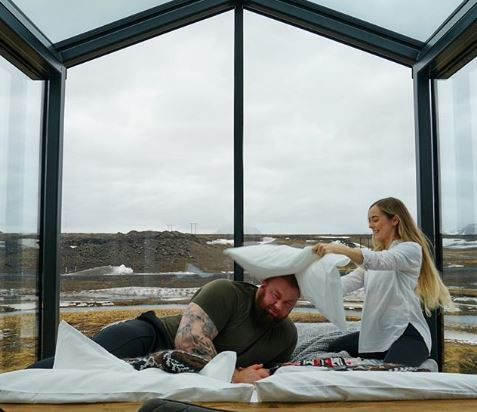 Hafþor Julius Bjornsson with Kelsey Morgan Henson