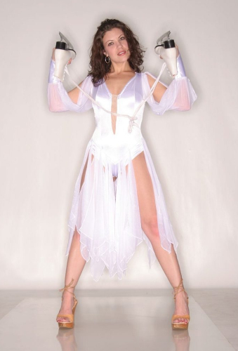 Tiffany Shepis Style