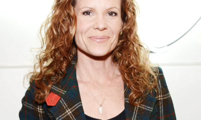 Robyn Lively Pics