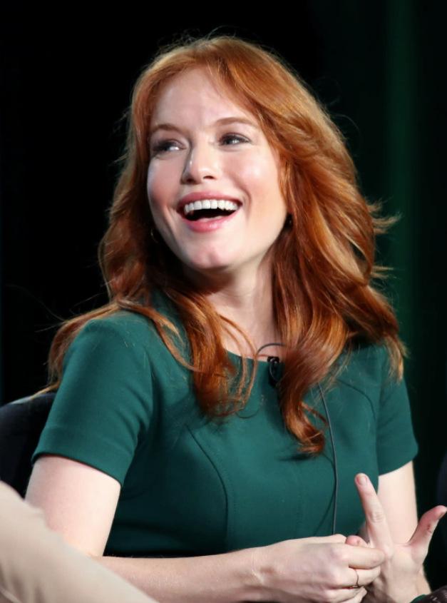 Maria Thayer Smile